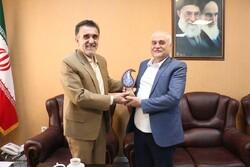 وزیر بهداشت لبنان به قم سفر کرد