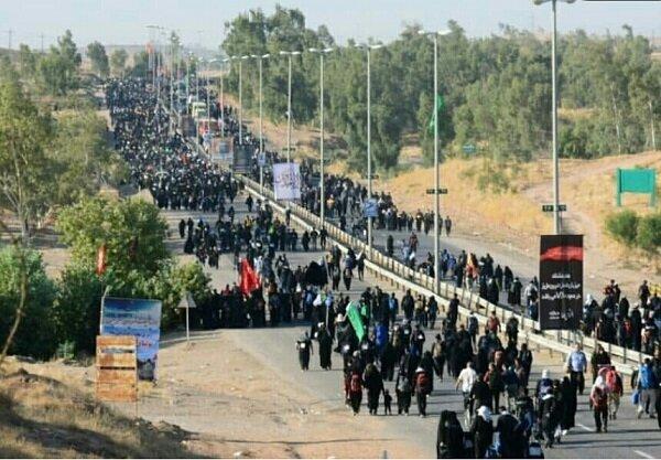خدمات رسانی نیروهای شهرداری به زوار امام حسین بدون حق ماموریت