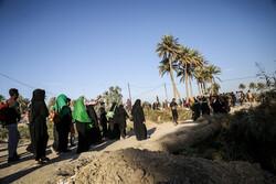 ورود بیش از ۲۰ هزار زائر افغانستانی از مرز دوغارون