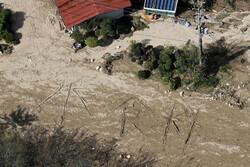 سعودی عرب موسلادھار بارش کے باعث نشیبی علاقے زیر آب آگئے