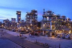 Iran to launch 4 downstream petchem parks