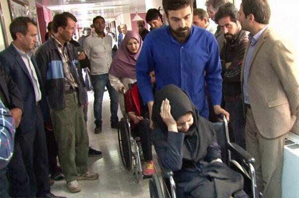 دانش آموزان مدرسه ای در بستان آباد راهی بیمارستان شدند