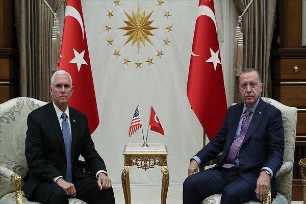 دیدار «رجب طیب اردوغان» و «مایک پنس» در آنکارا