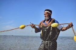 بدء موسم الصيد في مياه بحر قزوين شمالي ايران / صور