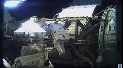نخستین پیاده روی فضایی زنانه انجام شد