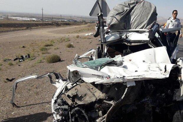 تصادف کامیون با پژو پارس در محور سمنان-دامغان/ یک نفر جان باخت