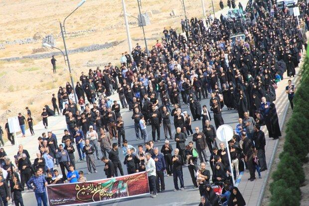 همایش ۵ هزار نفری پیاده روی جاماندگان اربعین در سربیشه برگزار شد