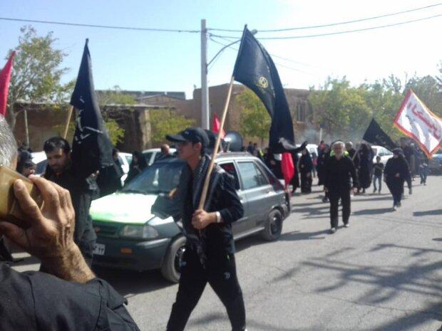 جاماندگان قافله اربعین از ۱۵شهر و روستای منطقه کاشان گرد هم آمدند