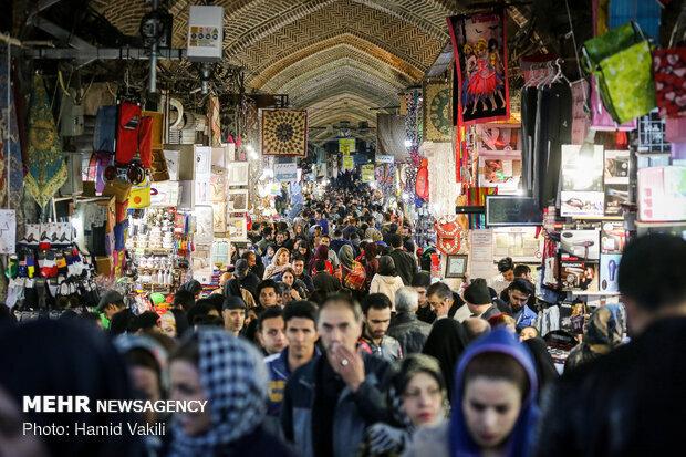 استاندارد زندگی ایرانیان به رغم تحریمهای شدید عادی است