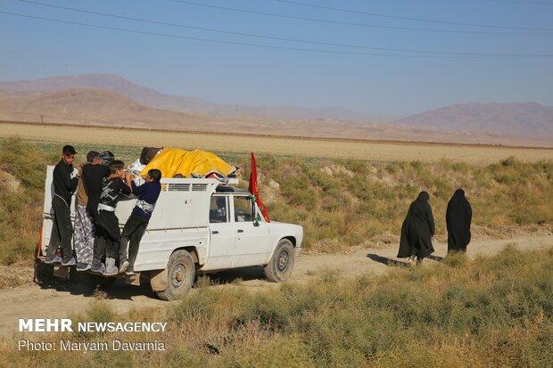 İranlılar Meşhed yolunda