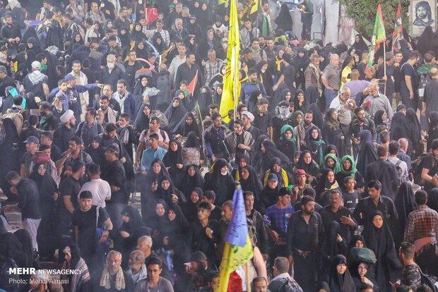 نفوذ کارمندمآبی ایرانی تا موکبهای دولتی/ زائر، اربابرجوع میشود