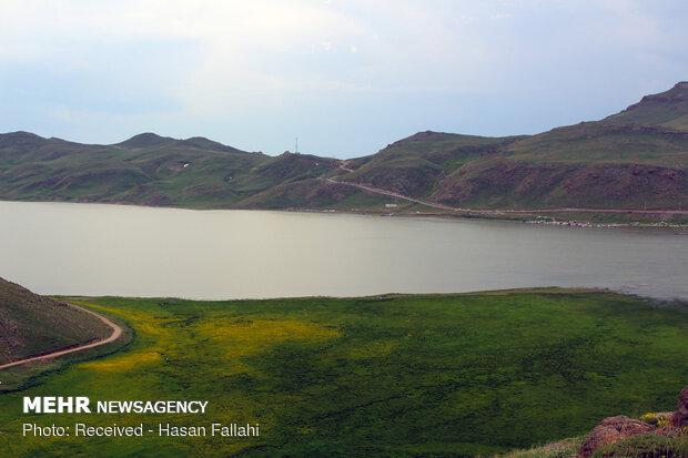 İran'daki Neor Gölü'nden muhteşem fotoğraflar
