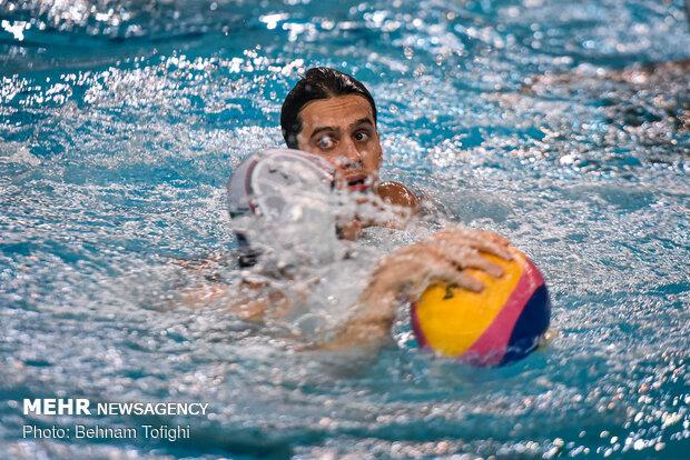 تمارين الفريق الوطني لكرة الماء