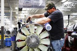 کارگران ۶ کارخانه زیرمجموعه «ماک» در آمریکا دست به اعتصاب زدند