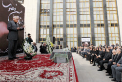 Fans, friends bid farewell to legendary musician Hossein Dehlavi