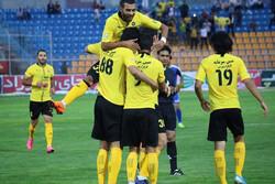 IPL: Sepahan remain top, Esteghlal back on track