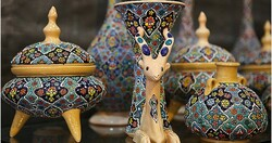 Hamedan hosting national crafts exhibit