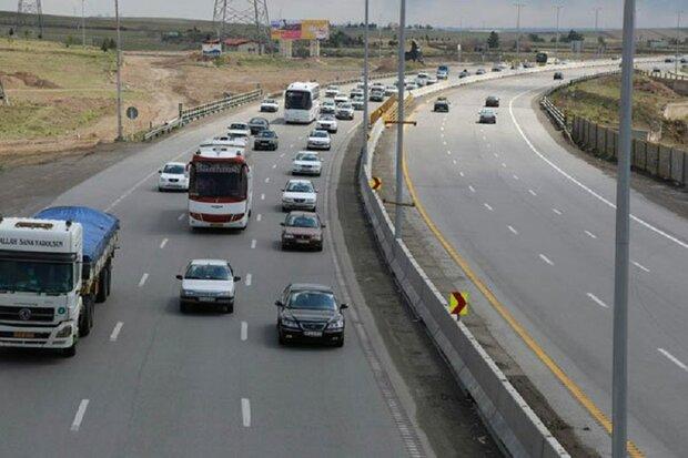 تردد وسایل نقلیه در محورهای استان مرکزی 69 درصد کاهش داشت