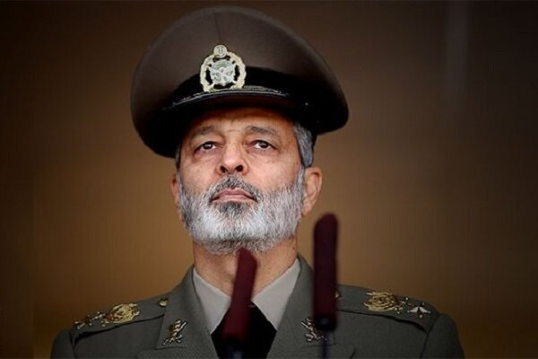 Time to boot foreign forces out of region: Cmdr. Mousavi