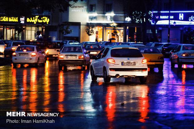 "اول مطر خريفي بمدينة ""همدان"" غربي ايران"