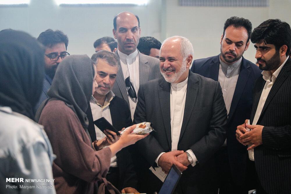 ایرانی وزیر خارجہ کا آزادی انوویشن فیکٹری کا دورہ