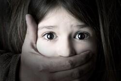 کودکان ۸ ساله انگلیسی قربانی سو استفاده جنسی/ تجاوز به نیمی از قربانیان توسط اعضای خانواده