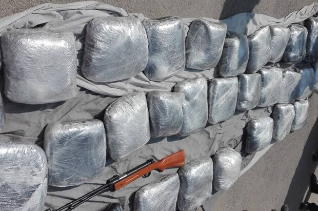 Over 2 tons of drugs busted in SE Iran