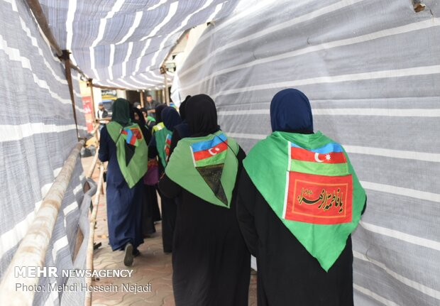 Officials see off foreign Arbaeen pilgrims at Astara border