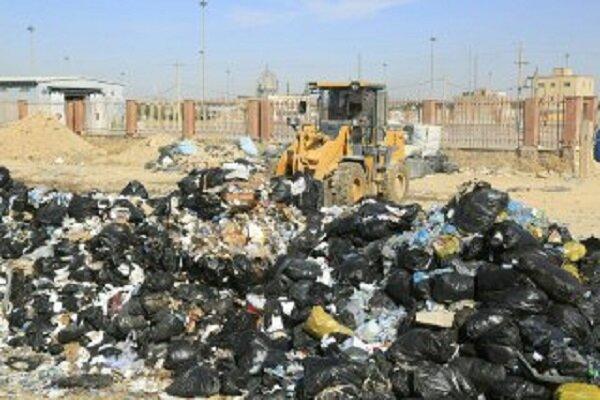 پاکسازی ۱۲۷ هکتار از ارضی پایانه مرزی مهران از زباله