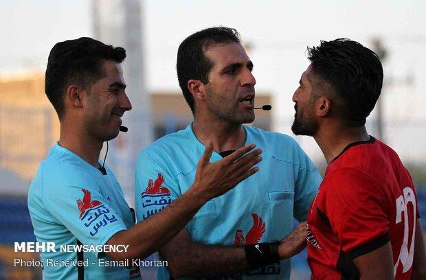 دیدار تیمهای فوتبال آرمان گهر سیرجان و سپیدرود رشت