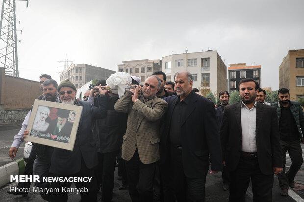 تشییع پیکر حجت الاسلام آژینی