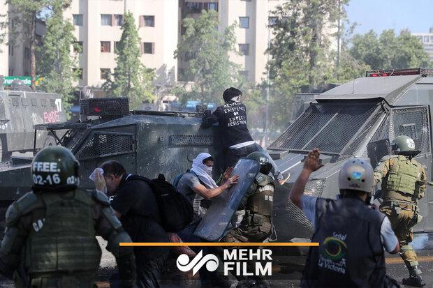 شیلی در وضعیت جنگ/ اعتراضات گسترده گریبان سباستین پینرا را گرفت