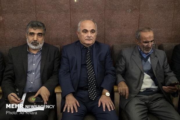 لوان جاگاریان، سفیر روسیه در تهران در مراسم ختم مرحوم محمد احمدیان