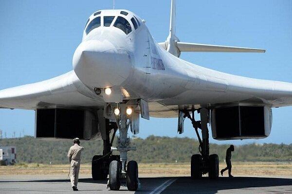 فرود ۲ بمبافکن روسی با قابلیت حمل سلاح هستهای در آفریقایجنوبی