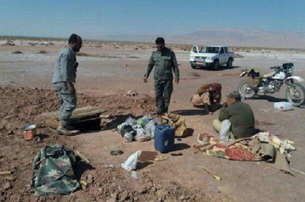 عاملان زندگیری پرندگان شکاری در آرادان دستگیر شدند