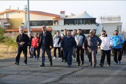 همایش پیاده روی مدیران در  قزوین برگزار شد