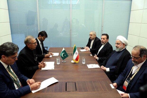 الرئيس روحاني يشيد بجهود إسلام آباد لارساء دعائم الاستقرار في المنطقة