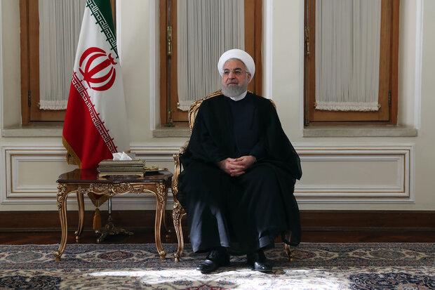 روحاني يوعز بتعبئة جميع الامكانيات لاغاثة منكوبي زلزال اذربيجان الشرقية