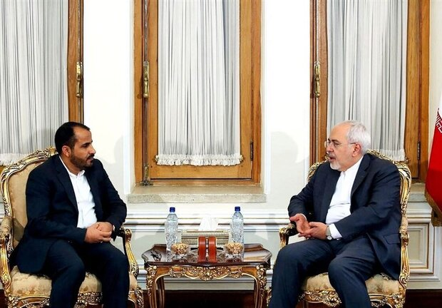 Ansarullah spox meets with Iranian FM