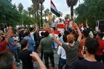 Iraklı komutan: Güvenlik güçlerimiz göstericileri korumak için sahada