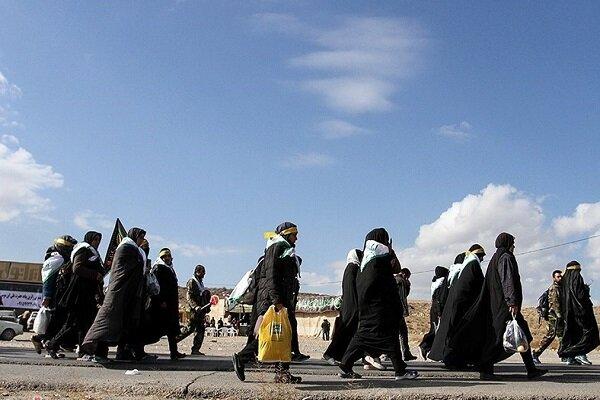 ۱۹ هزار زائر پیاده از محورهای مواصلاتی قوچان به مشهد مشرف شدند