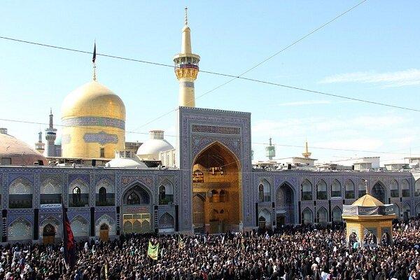 عزاداری هیئت افغانستانیهای مقیم مشهد درخیابانهای اطراف حرم رضوی