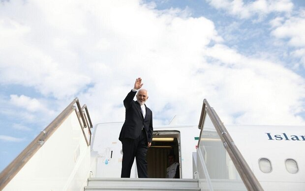 Zarif arrives in Qatar
