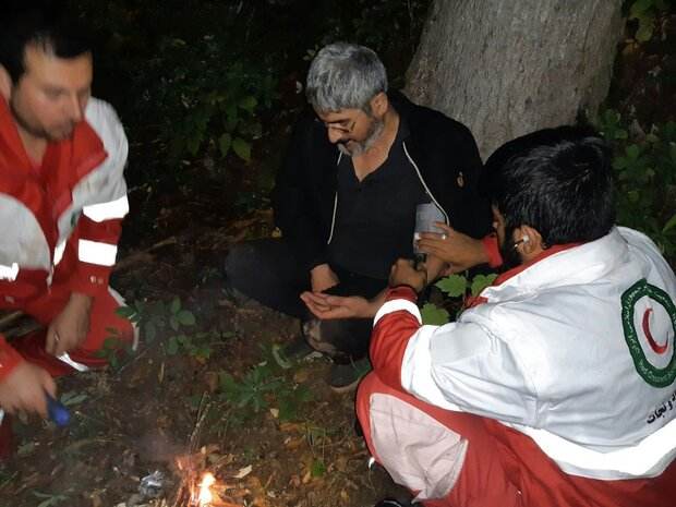 ۳ کوهنورد گمشده در گلستان بعد از ۱۶ ساعت جستجو پیدا شدند
