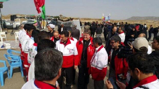 بازدید رئیس هلال احمر از مراکز خدمترسانی به زائرین پیاده رضوی