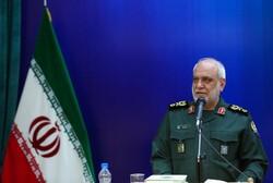 مردم از تحریم ها نگران نیستند/ ایران از هیچ قدرتی شکست نمی خورد