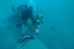 Abouzar oilfield's oil transfer pipeline repaired in 50m sea depth