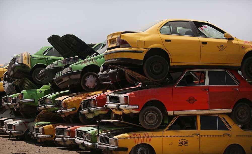 نوسازی ٣ هزار تاکسی فرسوده در شهر تهران تا پایان دی ماه