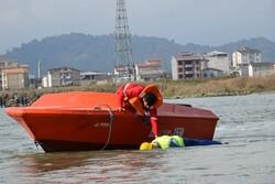 مانور جستجو و نجات دریاییدر بندر مرزی آستارا برگزار شد