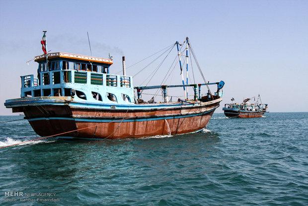 نجات جان ۵ ملوان در آبهای خلیجفارس